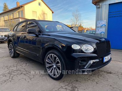 Купить Bentley Bentayga V8 4.0 First Edition 2020 в Швейцарии, фотография 1