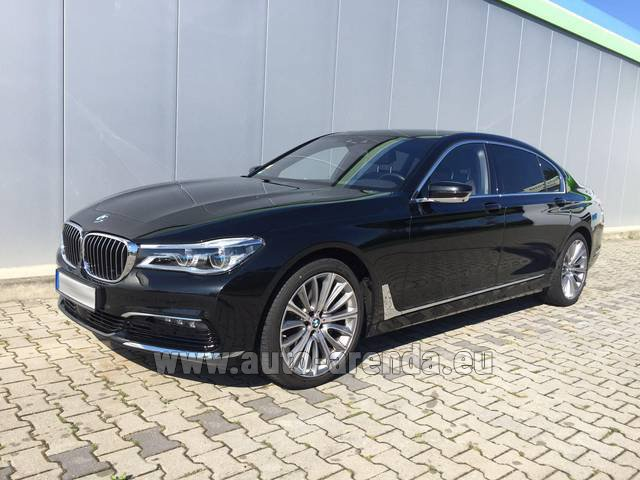 Rental BMW 740 Lang xDrive M Sportpaket Executive Lounge in Biel