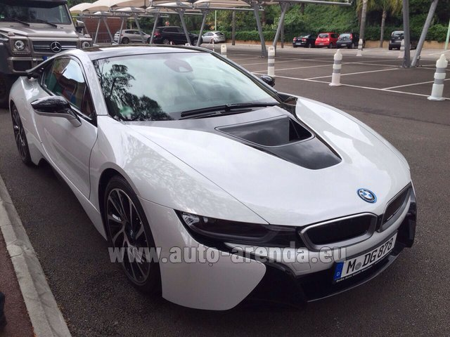 Rental BMW i8 Coupe Pure Impulse in Biel