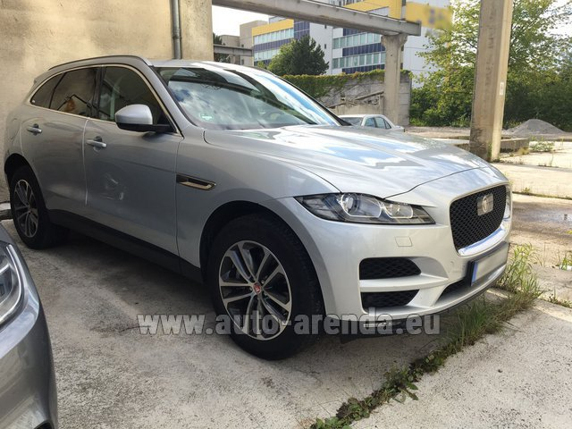 Rental Jaguar F-Pace in Zurich
