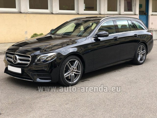 Rental Mercedes-Benz E 450 4MATIC T-Model AMG equipment in Biel