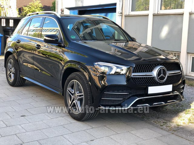Rental Mercedes-Benz GLE 400 4Matic AMG equipment in Lugano
