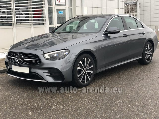 Rental Mercedes-Benz E400d 4MATIC AMG equipment in Biel
