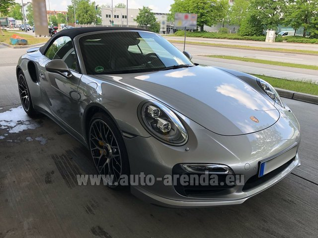 Rental Porsche 911 991 Turbo S in Switzerland