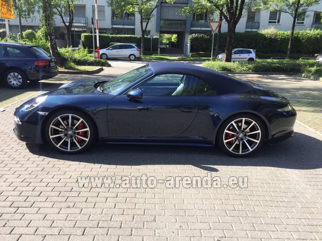 Rental Porsche 911 Carrera 4S Cabriolet in Switzerland