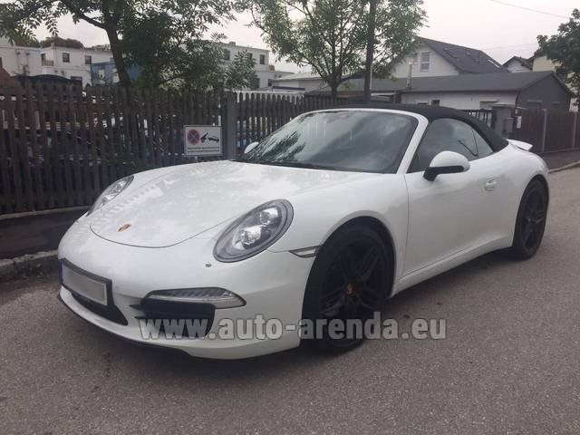 Rental Porsche Carrera Cabrio in Bienne