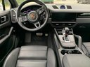 Rent-a-car Porsche Cayenne Turbo V8 550 hp in Bienne, photo 6