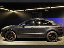 Rent-a-car Porsche Macan Turbo Performance Package LED Sportabgas in Geneva, photo 9