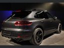 Rent-a-car Porsche Macan Turbo Performance Package LED Sportabgas in Geneva, photo 8