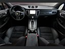 Rent-a-car Porsche Macan Turbo Performance Package LED Sportabgas in Geneva, photo 2