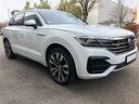 Rent-a-car Volkswagen Touareg 3.0 TDI R-Line in Geneva, photo 2